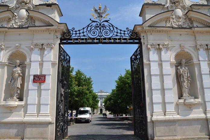 uczelnie w Warszawie